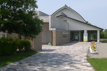 黒部市美術館