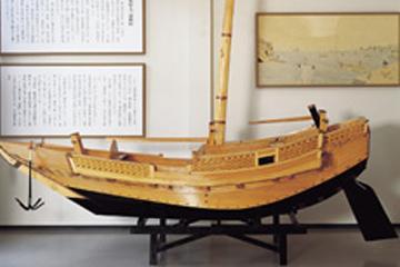 亀陽文庫能古博物館