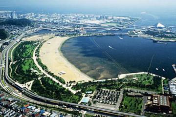 海の公園の画像