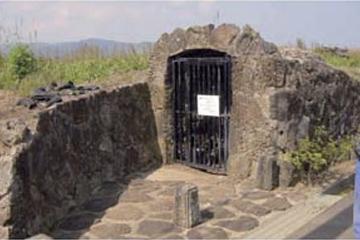 大根島第二熔岩随道・竜渓洞