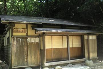 乙子神社草庵