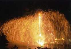 岩国港みなと祭花火大会の画像