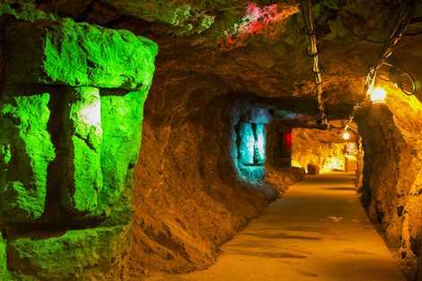 地底王国美川ムーバレーの画像