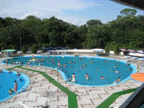 大高緑地プールの画像