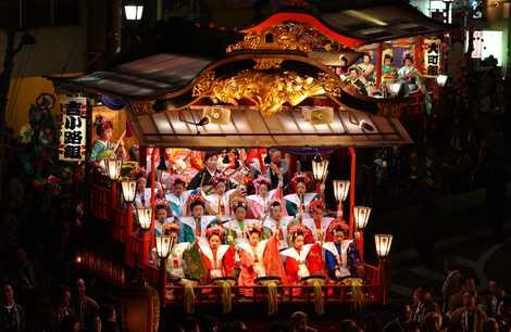 日高火防祭の画像