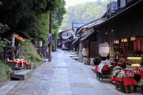 京都市嵯峨鳥居本の画像