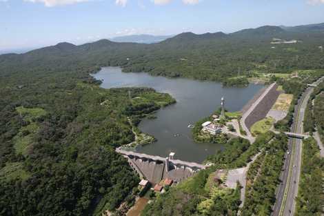 漢那ダム(沖縄・名護/湖・沼・...