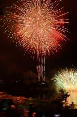 丹沢湖花火大会の画像