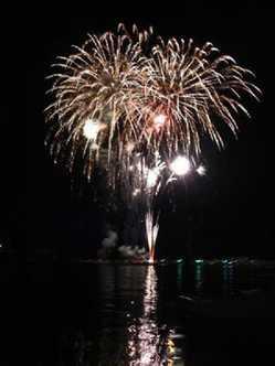 戸田盆踊り・海上花火大会の画像