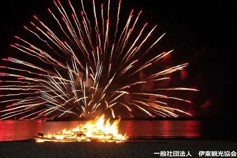伊東温泉箸まつり花火大会